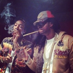 Wiz-Khalifa-featuring-2-Chainz-Its-Nothing-2012